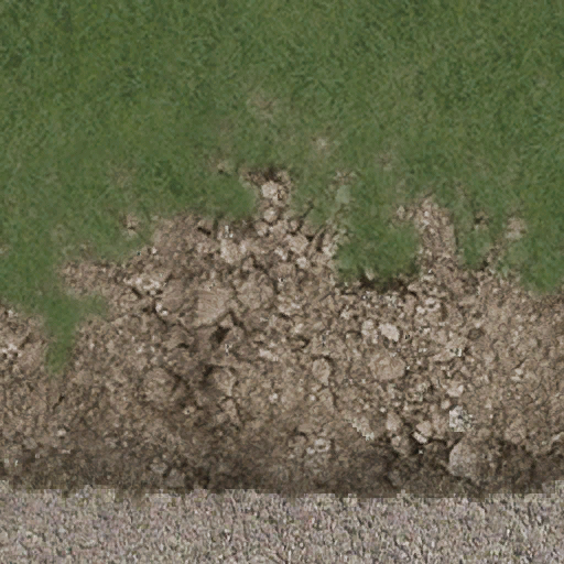 desertgravelgrassroad - CE_ground01.txd